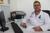 Doutor Rogério esclarece benefícios da hidroginástica