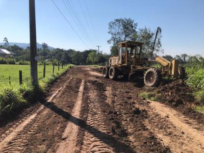 Máquinas já trabalham no Morro São Pedro
